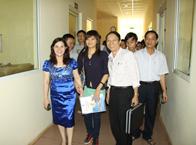 <a href=http://tambinh.vn/tam-binh-to-chuc-buoi-gap-go-than-mat-bao-chi_v339.html>Tâm Bình tổ chức buổi gặp gỡ thân mật Báo chí</a>