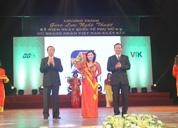 Dược sĩ Lê Thị Bình - Nữ doanh nhân Việt Nam xuất sắc