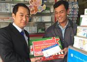 Dược phẩm Tâm Bình tặng quà Tết cho các nhà thuốc