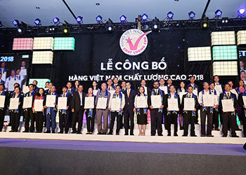 Dược phẩm Tâm Bình nhận danh hiệu Hàng Việt Nam chất lượng cao năm 2018