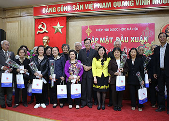 TGĐ Tâm Bình tham dự buổi gặp mặt đầu xuân của Hội Dược học Hà Nội