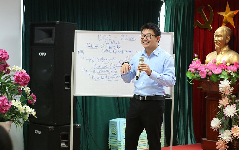 Giảng viên Nguyễn Đức Hải