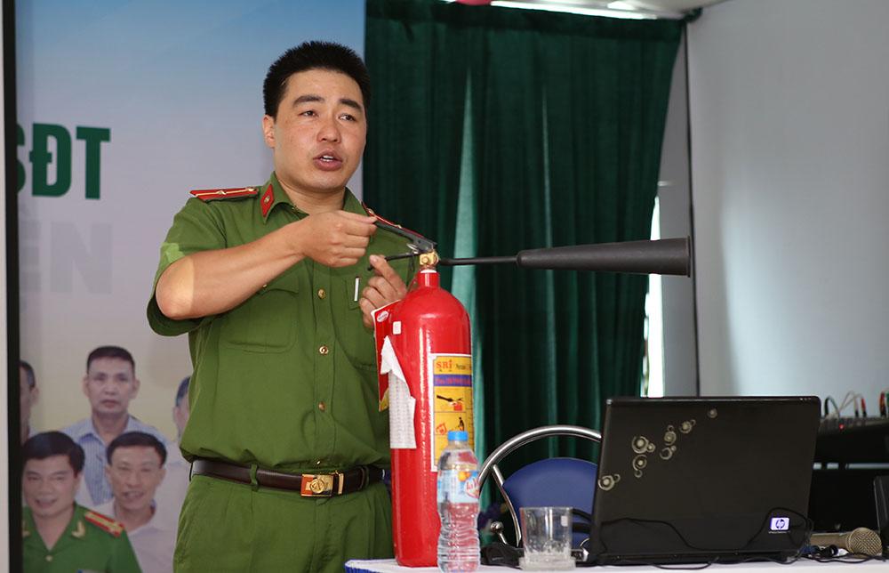 Đồng chí Nghiêm Xuân Bách, đại diện Phòng Cảnh sát PCCC số 2
