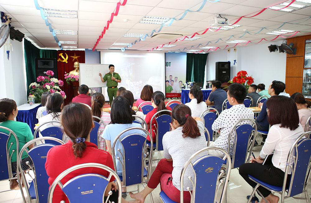 CBNV Tâm Bình tham gia hướng dẫn và diễn tập PCCC