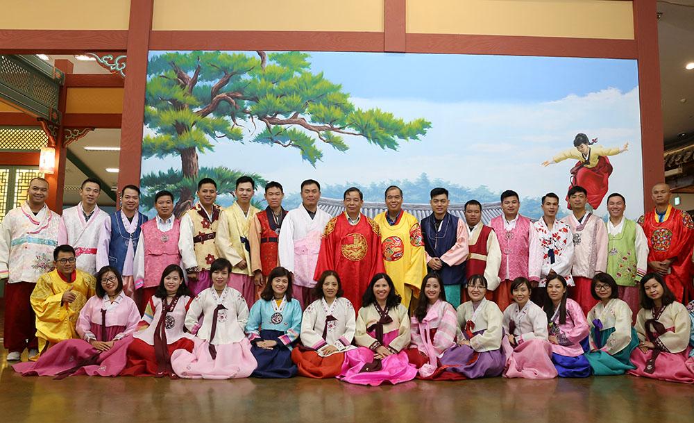 Trải nghiệm mặc áo Hanbok
