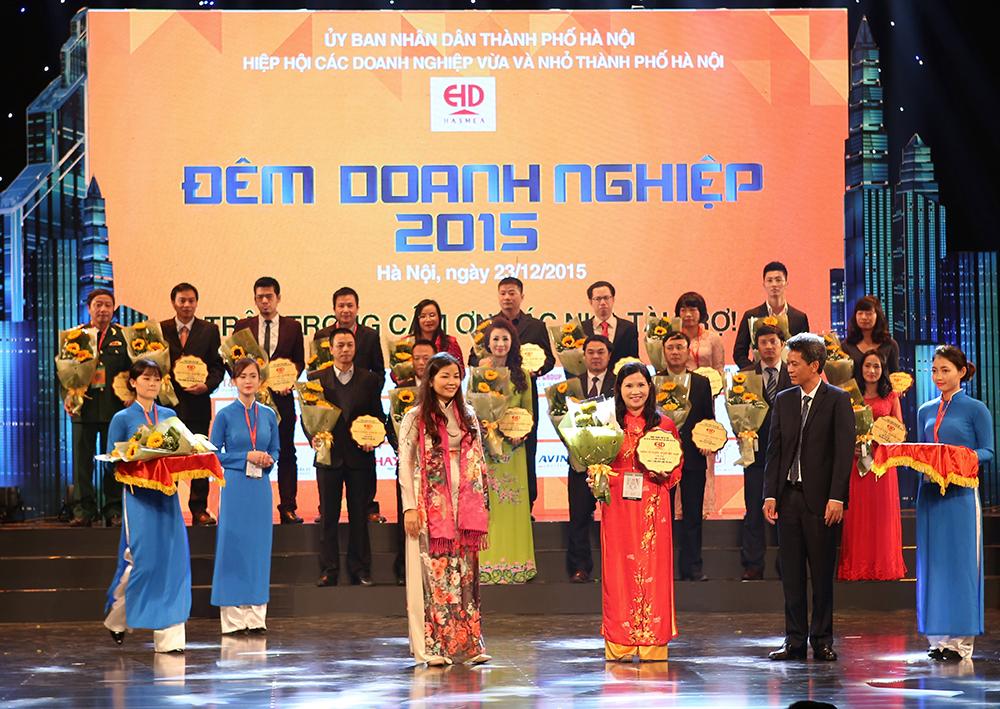 Dược phẩm Tâm Bình lần thứ 4 liên tiếp nhận Bằng khen của UBND thành phố Hà Nội