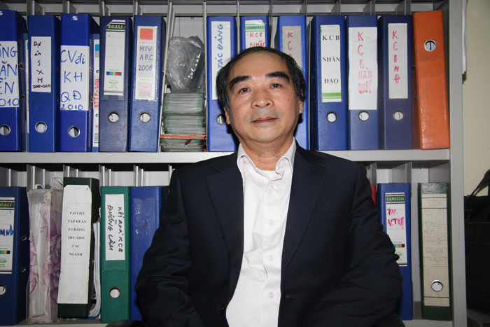 Bác sĩ Đinh Duy Thếnh - Phó ban chăm sóc sức khỏe Trung Ương Hội Chữ Thập Đỏ