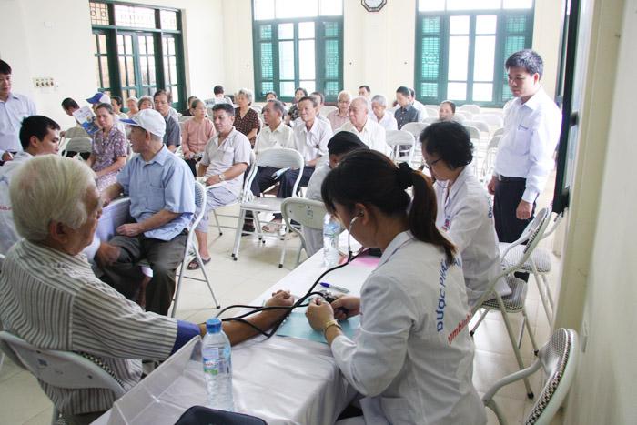 Hoạt động này của Công ty Tâm Bình nhằm hưởng ứng cuộc vận động chăm sóc, bảo vệ sức khỏe người cao tuổi của TW Hội NCT