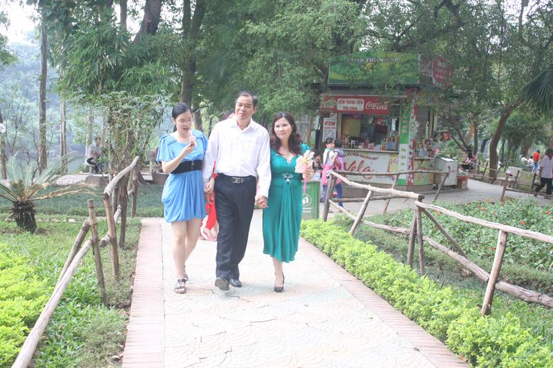 Phút giản dị đời thường của DS Lê Thị Bình
