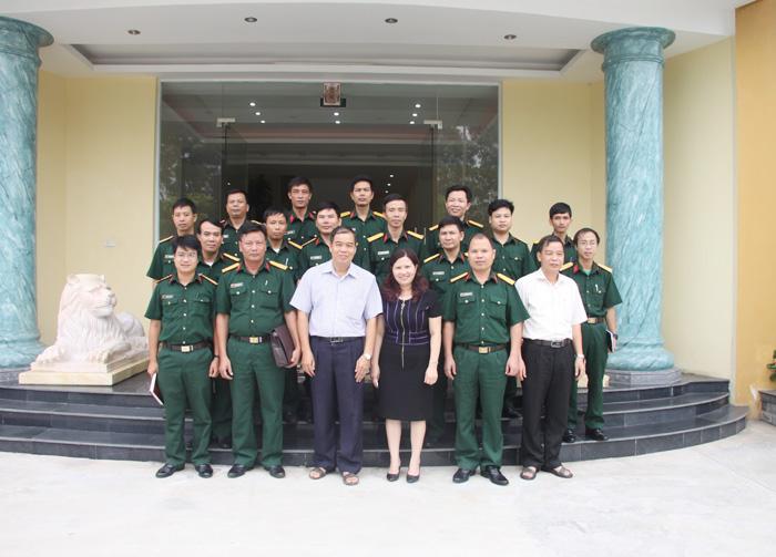 TGĐ Lê Thị Bình và Lãnh đạo Công ty Tâm Bình đón Đoàn đến thăm quan