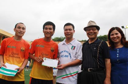 Trao thưởng cho cầu thủ ghi nhiều bàn thắng nhất