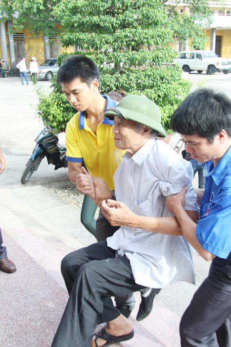 Khám và phát thuốc miễn phí cho 1.000 đối tượng chính sách tại Nam Định trong 2 ngày