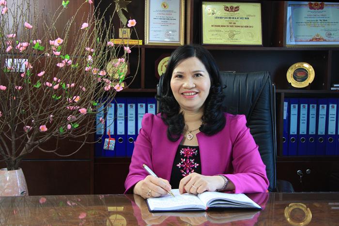 Dược sĩ Lê Thị Bình phỏng vấn