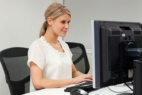 Ngồi đúng tư thế sẽ có lợi cho xương cột sống - ngồi đúng tư thế tránh được bệnh về xương khớp