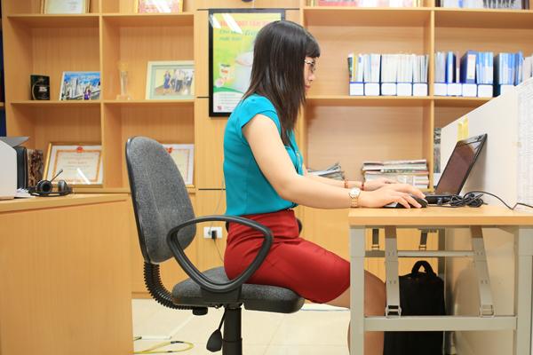 Tư thế làm việc đúng giúp ngăn ngừa bệnh xương khớp