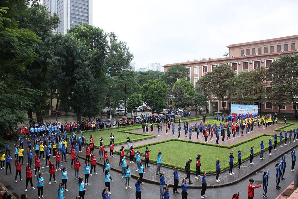 Màn flashmob sôi động đến từ 31 đơn vị trực thuộc