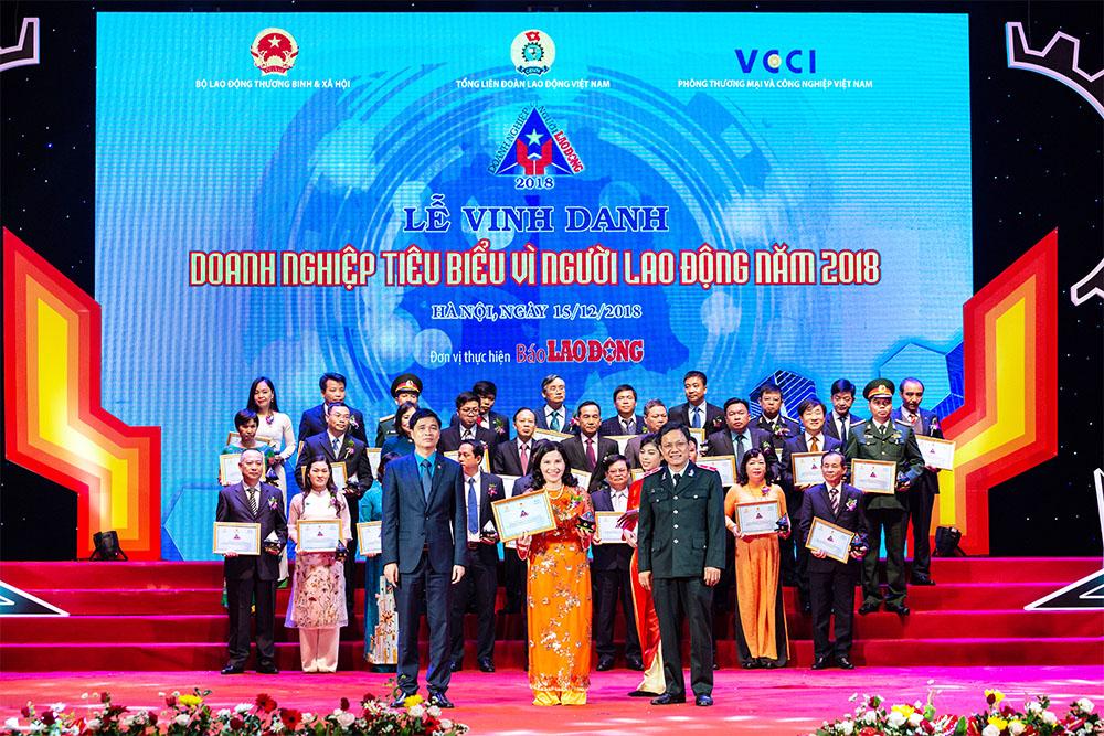 Dược phẩm Tâm Bình được vinh danh Doanh nghiệp tiêu biểu vì người lao động 2018