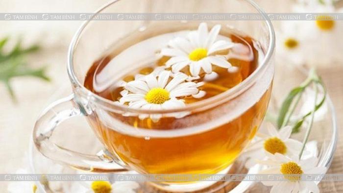 Trà hoa cúc chữa tiêu chảy