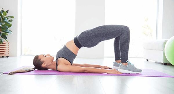 Bài tập nâng hông hỗ trợ giảm đau lưng