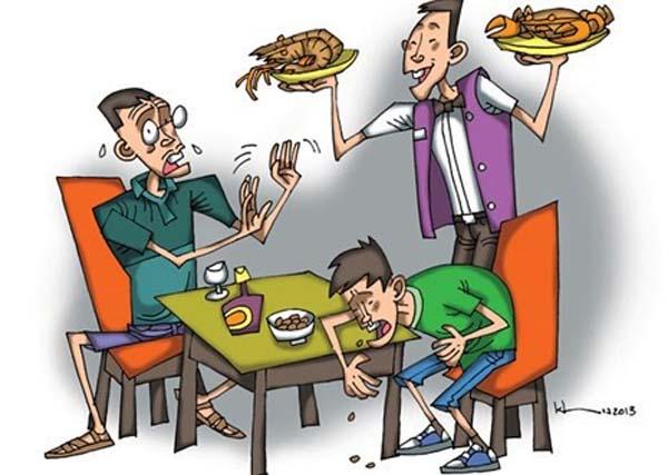 Ngộ độc thực phẩm gây đau bụng đi ngoài
