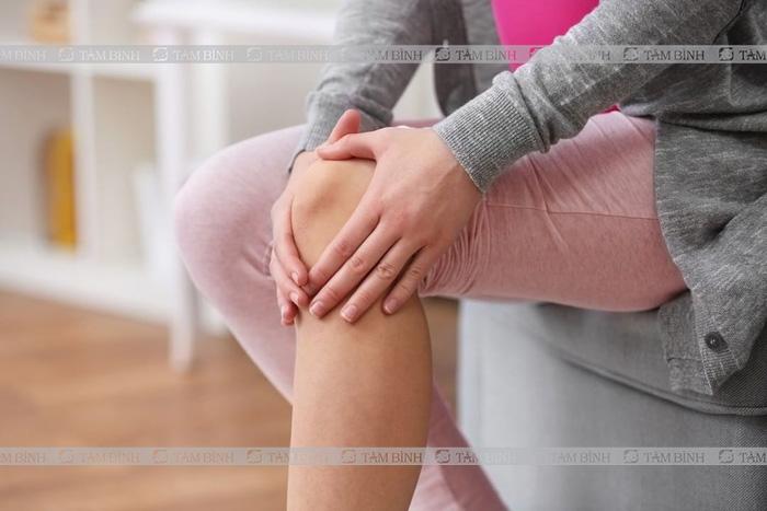 Đau đầu gối là tình trạng có thể gặp ở nhiều lứa tuổi khác nhau