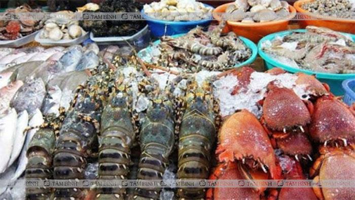 Hải sản là nhóm thực phẩm chứa nhiều nhân purine