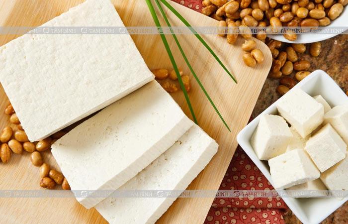 Một số chuyên gia cho rằng bị gout không nên ăn đậu phụ