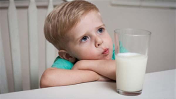 Trẻ bị rối loạn tiêu hóa có nên uống sữa không?