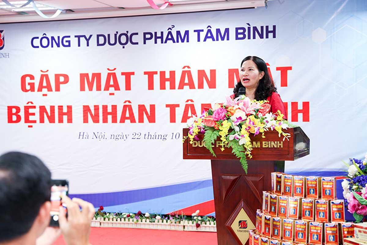 TGĐ Lê Thị Bình gửi lời cảm ơn tới các bệnh nhân đã luôn ủng hộ Dược Phẩm Tâm Bình