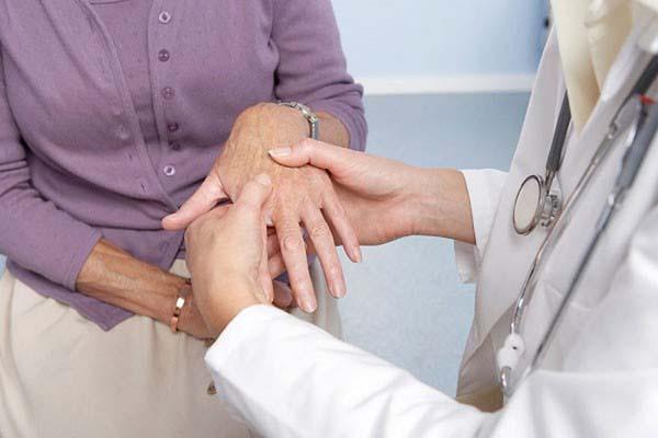 Triệu chứng bệnh phong tê thấp