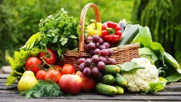 Người bệnh nên ăn nhiều hoa cả như: đu đủ, cam, xoài