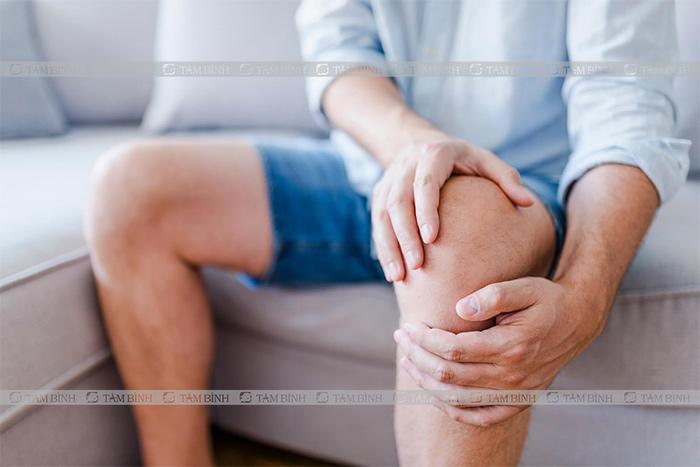 Đau nhức khớp là triệu chứng dễ nhận biết nhất