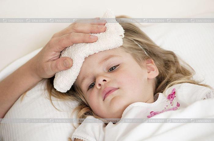 sốt tiêu chảy ở trẻ em