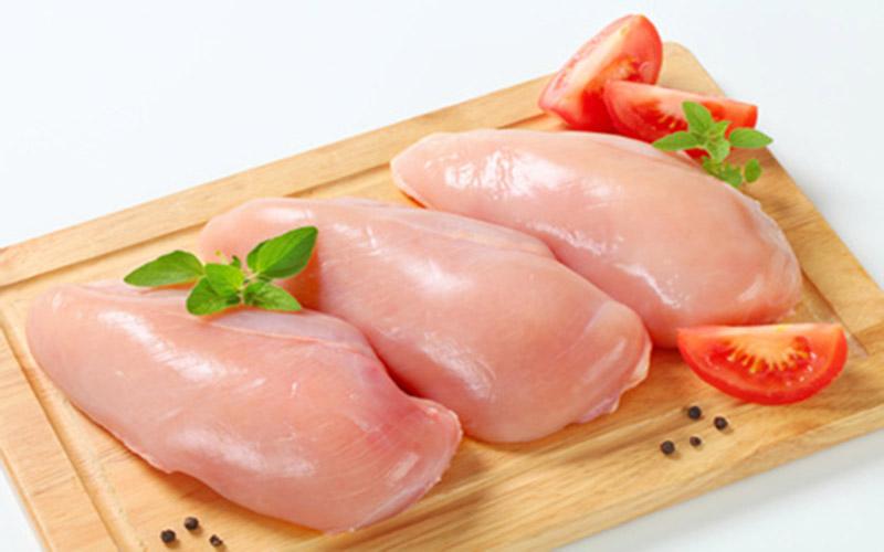 Bệnh gout có ăn được ức gà không