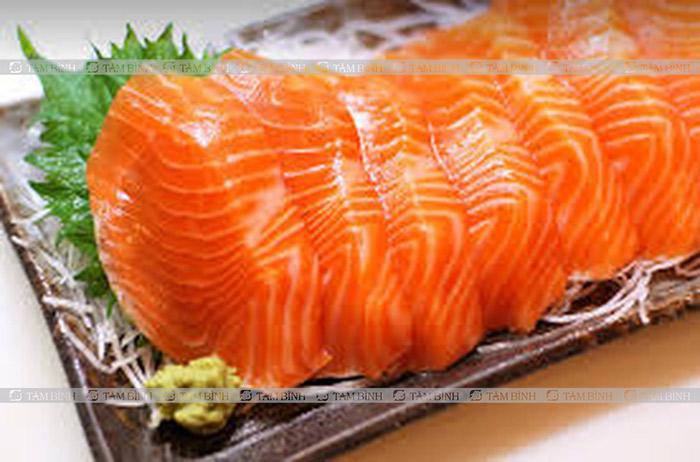 Thoái hóa khớp gối nên ăn gì và kiêng gì - cá hồi