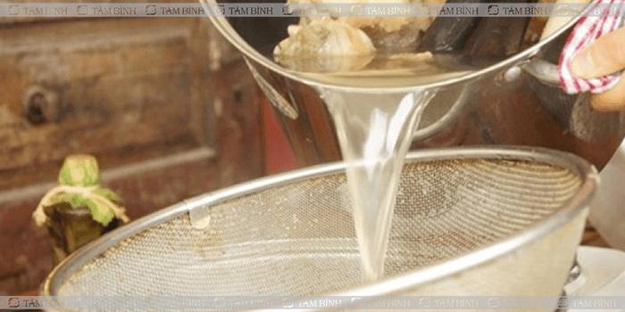 Nước hầm xương - Thoái hóa khớp gối nên ăn gì và kiêng gì