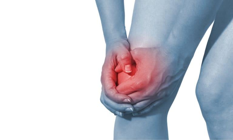 Tràn dịch khớp gối là hiện tượng dịch tiết ở vùng khớp gối nhiều lên bất thường