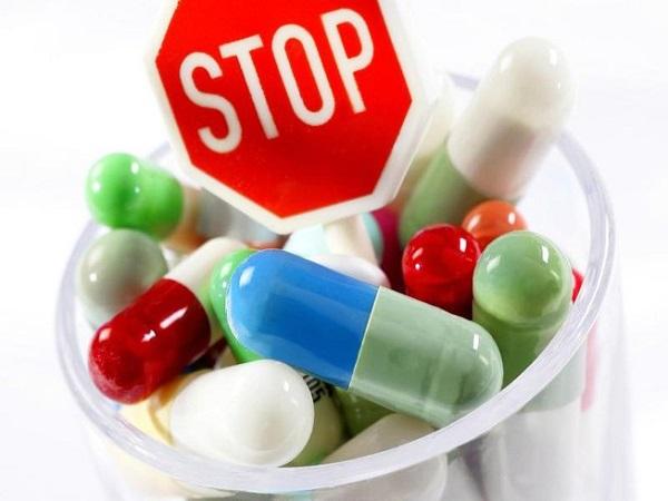 Ngưng sử dụng thuốc kháng sinh là phương pháp điều trị bệnh