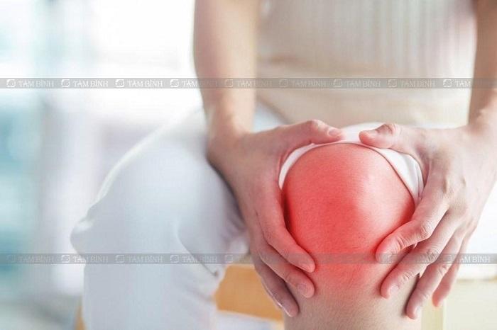 Tràn dịch khớp gối có thể mổ nọi soi hoặc mổ mở