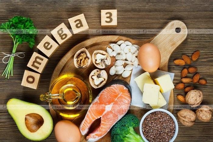 Người mổ tràn dịch khớp gối nên ăn uống đầy đủ dinh dưỡng