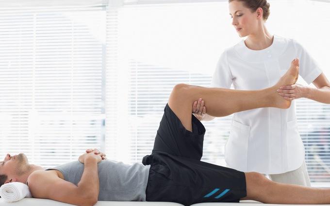 Người bệnh nhẹ có thể thực hiện các bài tập vật lý trị liệu cho khớp gối