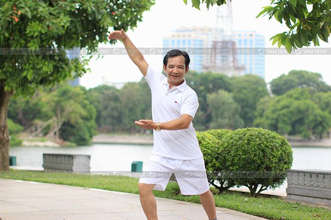 Người bệnh nên thường xuyên tập thể dục để khớp gối không bị đau nhức
