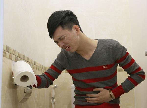 Phân biệt viêm đại tràng thể hàn và thể nhiệt