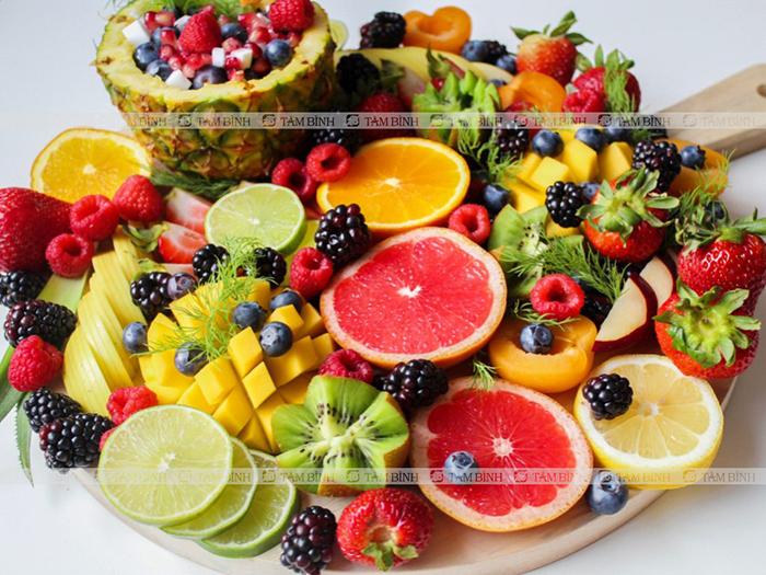 Tăng cường hoa quả trong bữa ăn hạ acid uric