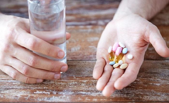 Điều trị bệnh thấp khớp cấp bằng các loại thuốc chống viêm