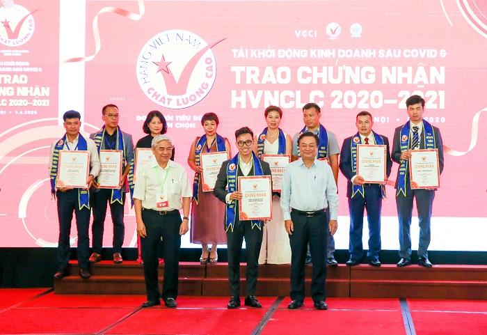 Tam Bình đạt chứng nhận Hàng Việt Nam chất lượng cao 2020