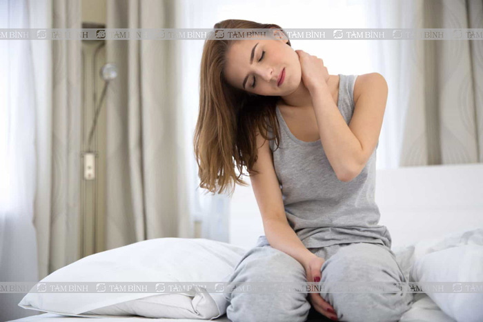 bài tập giảm đau vai gáy