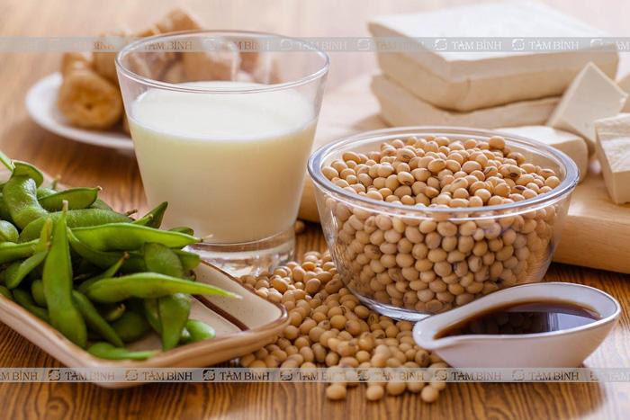 chữa đau vai gáy tại nhà bằng thực phẩm giàu vitamin e