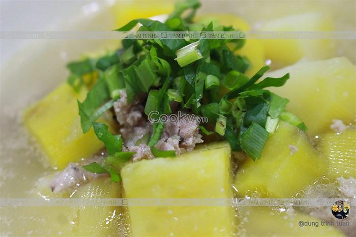 Viêm đại tràng có nên ăn khoai lang - Canh khoai lang thịt băm