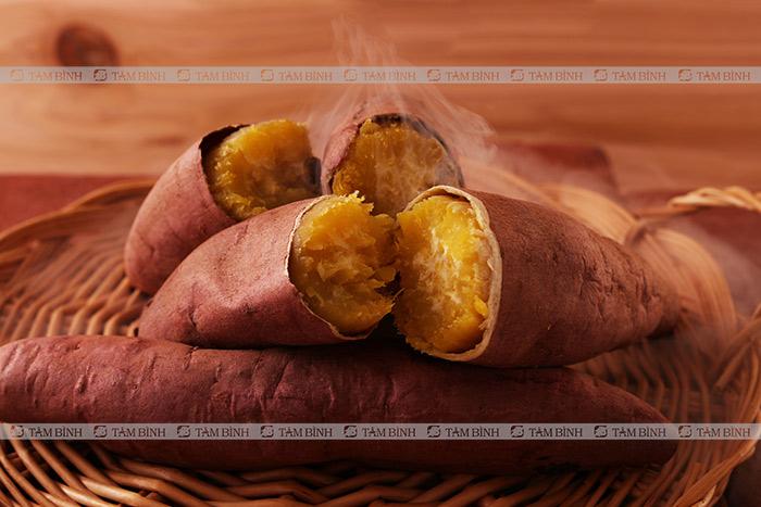 Viêm đại tràng có nên ăn khoai lang - Khoai lang hấp
